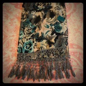 Rose scarf.